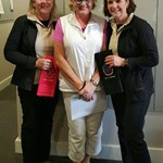 2016 B Grade Foursome Champions Deb Decelis & Dee Bennett receiving Event Winner towels from Merrilyn Middleton